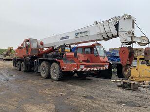 شاحنة رافعة TADANO TG700E