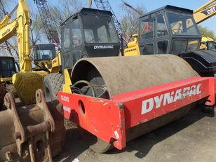 مدحلة لأعمال دك التربة DYNAPAC CA301D